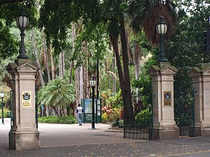 City Botanic Gardens - Entrance gates, Albert Street, 2016