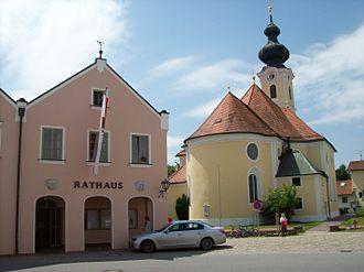 Buchbach - Town hall and Church of Saint James