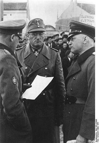 Ferdinand Schörner - Schörner (center) in Bulgaria, 1941