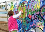 Bunte Wände vom Graffiti-Workshop (6158736087).jpg