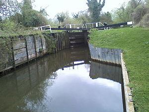Burghfield Lock - Burghfield Lock