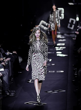 Cara Delevingne - Cara Delevigne : Diane von Furstenberg Fall Winter 2013