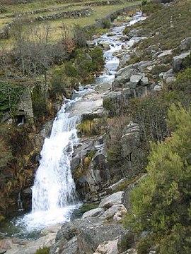 Cascata De Agarez Wikipedia A Enciclopedia Livre