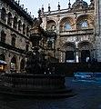 Casco histórico de Santiago de Compostela, la fuente.jpg