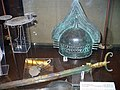 Casque et épée étrusque.jpg
