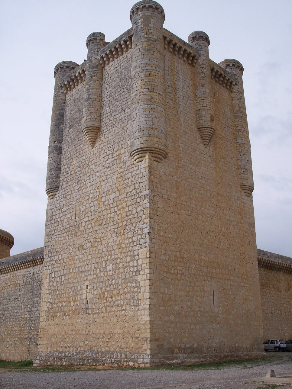 Castillo de Torrelobatón (torre del homenaje)