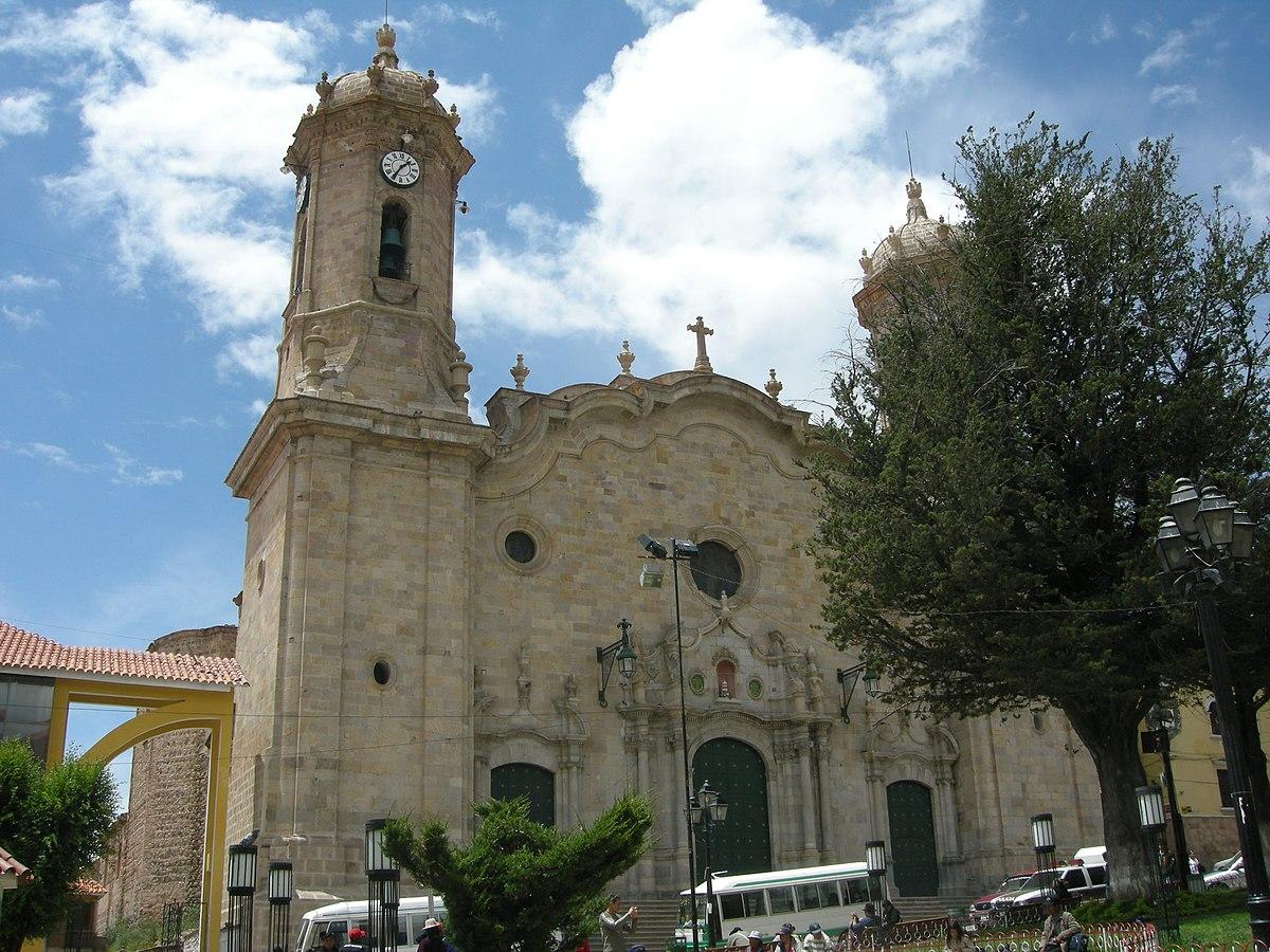 Catedral bas lica de nuestra se ora de la paz potos for Ciudad santiago villas