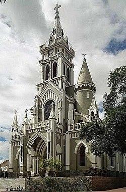 Catedral do Senhor Bom Jesus dos Remédios - panoramio.jpg