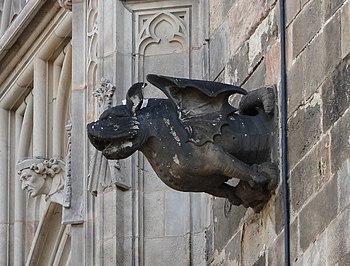 English: Gargoyle on Cathedral of Santa Eulali...