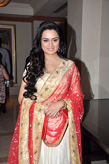 Celebrities at Manish Malhotra - Lilavati Save & Empower Girl Child show (42).jpg