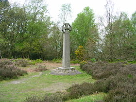 Celtic cross on Gibbet Hill.JPG