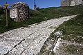 Château de Portes-Le chemin d'accès.jpg