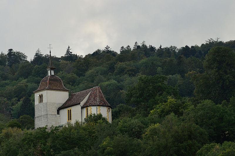 File:Chapelle Sainte-Anne Combes.jpg