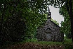 Chapelle de la Sainte Trinité, Saint-Mayeux, France.jpg