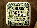 Cherry Tooth Paste, Musée Somme 1916, pic-065.JPG