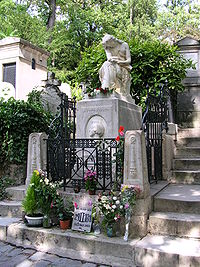 Chopin's grave, with monument by Clésinger, at Paris' Père Lachaise Cemetery