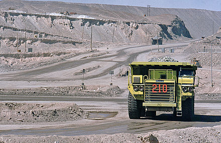 Chuquicamata is the largest open pit mine in the world, near the city of Calama in Chile. Chuqui001 02.jpg