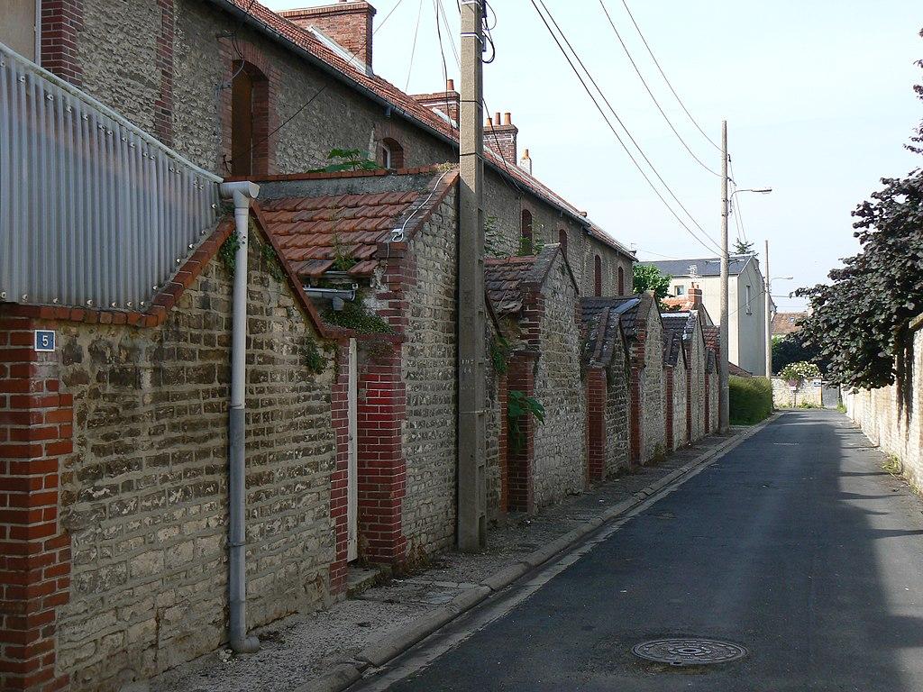 Fichier cit jardin des rosiers caen rue des for Jardin 122 rue des poissonniers