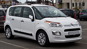 Citroën C3 Picasso HDi 115 Exclusive (Facelift) – Frontansicht, 1. März 2014, Wuppertal.jpg