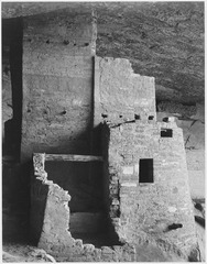 "Close-up, ""Cliff Palace, Mesa Verde National Park,"" Colorado. (Vertical Orientation), 1933 - 1942 - NARA - 519941.tif"