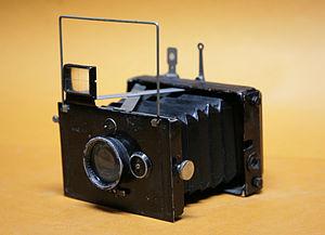 Plaubel Makina - Plaubel Makina press camera from year 1912 with standard Plaubel Anticomar 7.5cm f3 lens, format 4.5x6cm film plate
