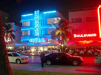 Ocean Drive (South Beach) - Image: Colony Hotel Miami Beach Izzy