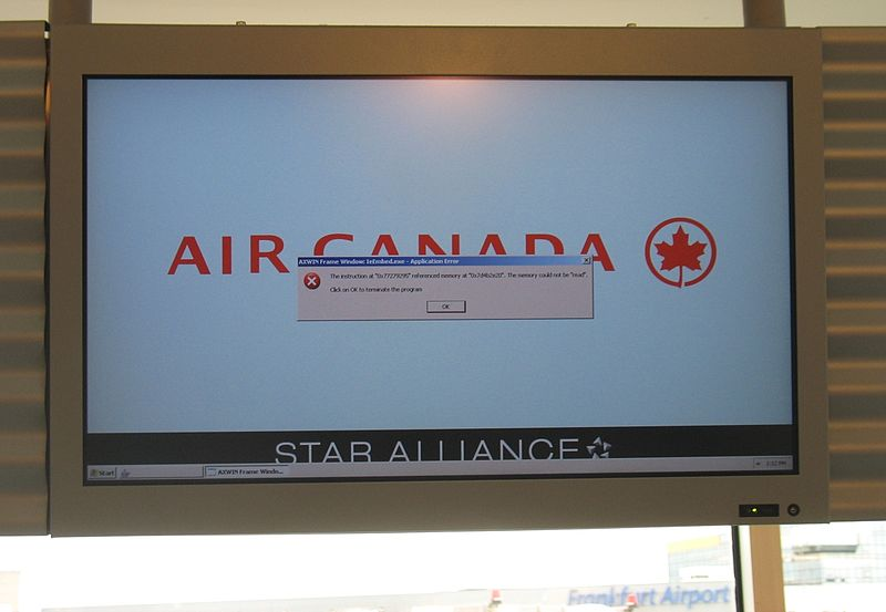 File:Computer crash airport.jpg