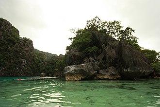 Coron Island - Image: Coron Twin ragun(코론 트윈 라군) panoramio (1)