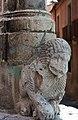 DSC 7003 Piazza Vittorio Emanuele, manufatto in pietra.jpg