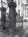 Darragh House and Gate, Galveston.jpg