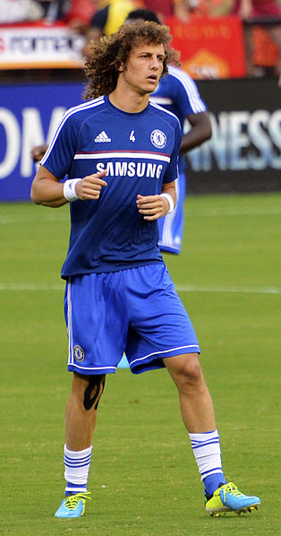 [Image: 314px-David_Luiz_01_Chelsea_vs_AS-Roma_10AUG2013.jpg]