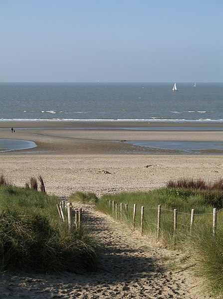 De Haan (province of West Flanders, Belgium): the dunes and the beach