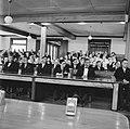 De zaal met genodigden tijdens de toespraak van de koningin in de vergadering de, Bestanddeelnr 252-4266.jpg