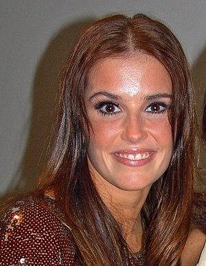 O Beijo do Vampiro - Deborah Secco played one of the antagonist vampires, Lara