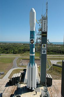 Delta II 7925-10L with STEREO on Launch Pad 17B.jpg