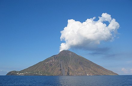 Aristotle noted that the ground level of the Aeolian islands changed before a volcanic eruption. DenglerSW-Stromboli-20040928-1230x800.jpg