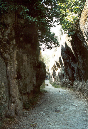 Wind gap - Wind gap opened by an ancient stream on a Karstic terrain in the Ciudad Encantada (Cuenca province) in Spain