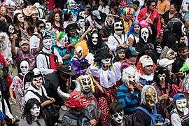 Desfile de los Locos.jpg