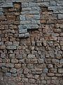 Detall del mur exterior del teatre romà de Sagunt.JPG