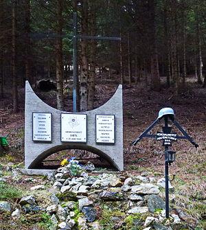 Eduard Dietl - Dietl memorial at crash site