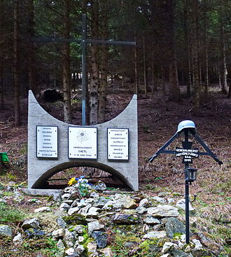 Eduard Dietl - Dietl memorial at crash site