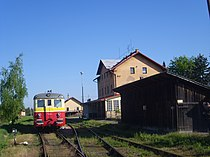 Dobruska train station.JPG