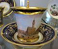 Doccia, servito con vedute di firenze, 1800-1850 ca., tazzina con piazza della signoria.JPG