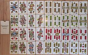 (Bauern-)Schnapsen wird oft mit doppeldeutschen Preferencekarten gespielt