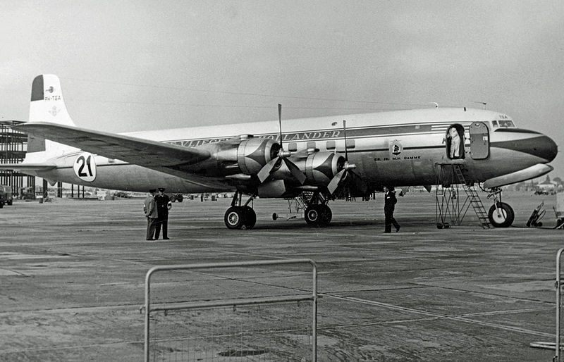 File:Douglas DC-6A PH-TGA KLM LAP 10.10.53 edited-2.jpg
