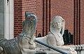 Doullens sculptures entrée Musée Lombart.jpg