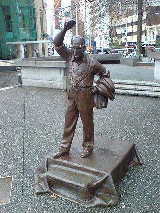 Dove-Myer Robinson - Statue of Sir Dove-Myer Robinson in Aotea Square, Auckland.