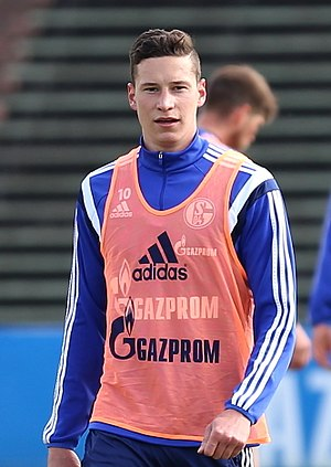 Julian Draxler - Draxler training for Schalke 04 in 2015