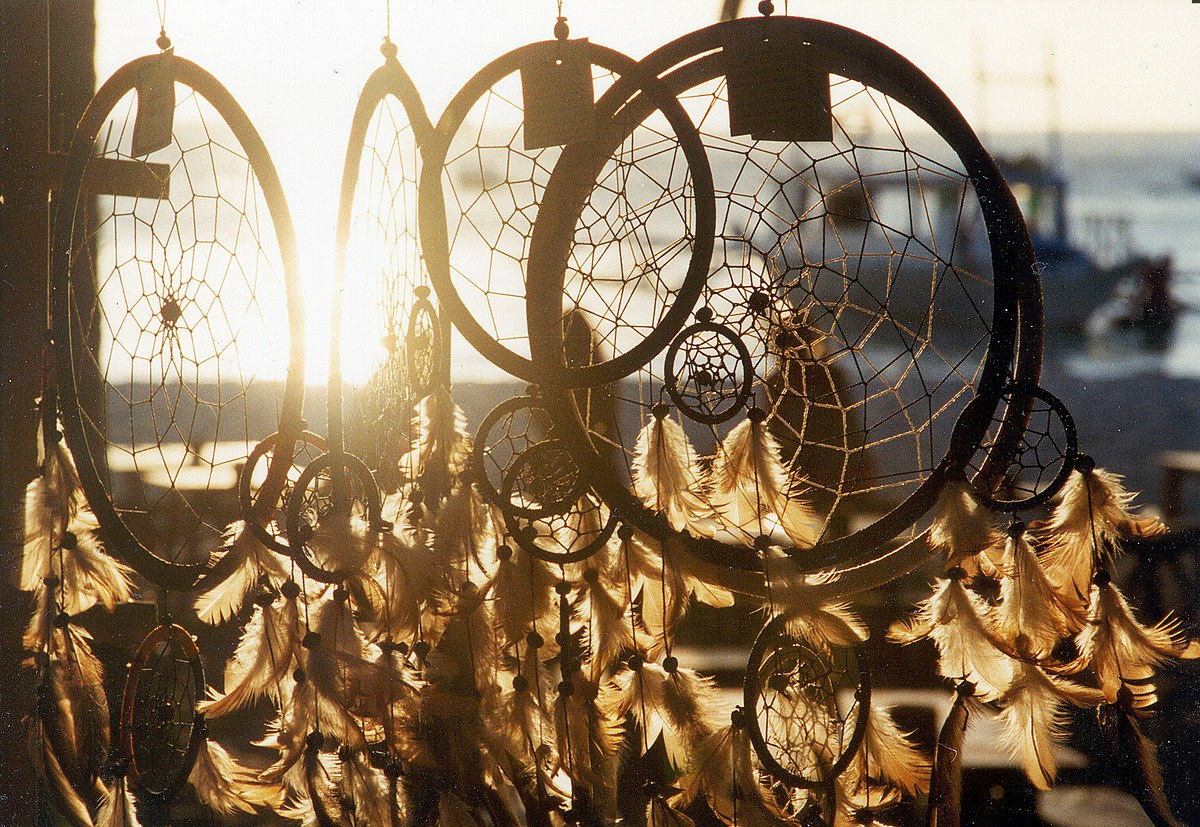 dreamcatcher in sunset