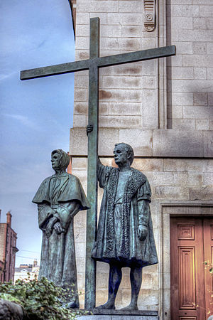 "Ballygall - Sculpture of the ""Dublin Martyrs"", Mayor Francis Taylor and his grandmother-in-law Mayoress Margaret Ball. It stands outside St Mary's Pro-Cathedral in Dublin."